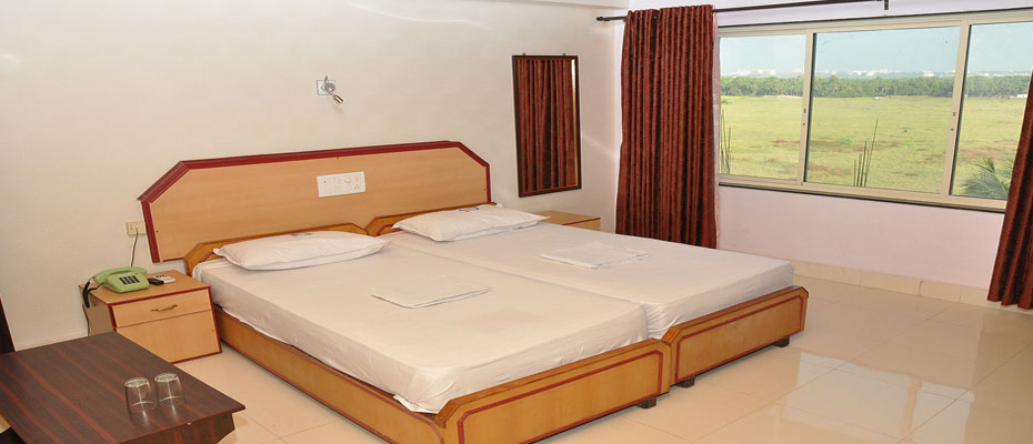 Double Bed AC Deluxe Room